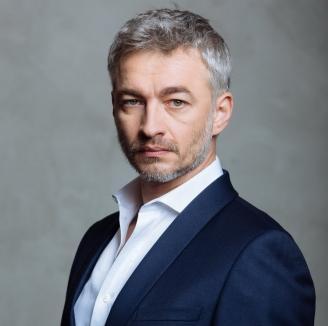 Actorul Richard Balint critică 'geniile pesediste' că l-au mazilit pe Daniel Vulcu: 'Nu am să accept să fiu condus de vreo marionetă politică!'