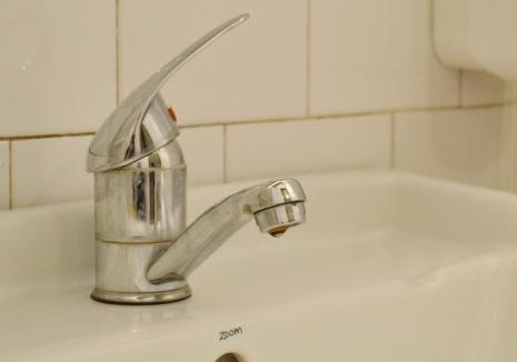 O bună parte din Oradea rămâne joi fără apă rece