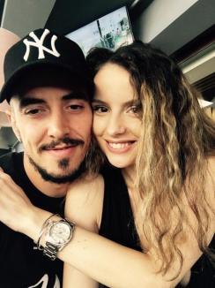 Orădenii Ioan şi Romana Hora au devenit părinţi. Fosta prezentatoare TV a născut o fetiţă în Turcia (FOTO)