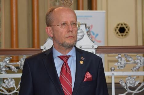 Ecologia, o prioritate a orădeanului care a preluat conducerea Rotary. Astronautul Dumitru Prunariu şi-a declarat susţinerea: 'Simţi nevoia să protejezi această planetă' (FOTO / VIDEO)