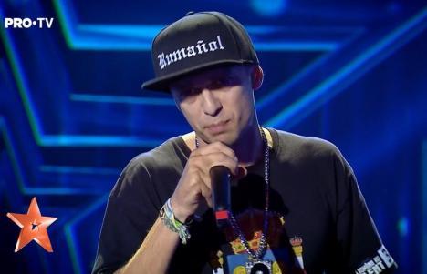 """Un rapper născut în Bihor şi crescut în Spania a stârnit lacrimi la """"Românii au talent"""", cu un cântec despre """"copiii diasporei"""" (VIDEO)"""