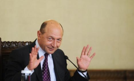 """Băsescu i-a supărat şi pe ruşi, care-l acuză că """"profanează memoria milioanelor de victime ale fascismului"""""""