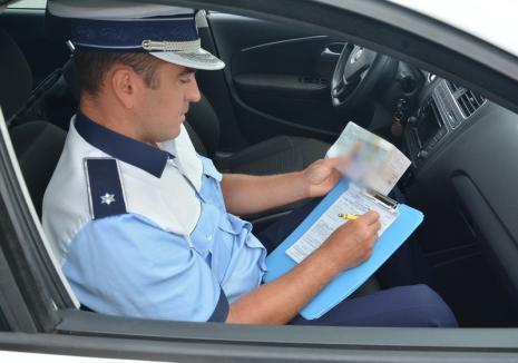 În loc de flori, amendă: O şoferiţă de BMW a fost trasă pe dreapta de 8 martie, după ce a gonit cu 132 km/h în Oradea
