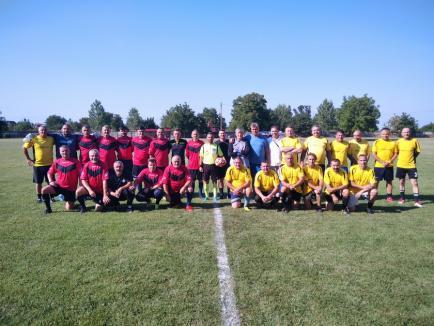 100 de ani de fotbal în Săcueni, sărbătoriţi cu meciuri amicale(FOTO)