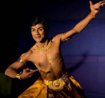 'Emanaţia divinului'. Dansul sacru hindus, prezentat la Posticum