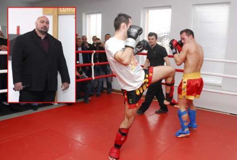 Sandu Lungu a inaugurat prima sală de MMA din România (FOTO)