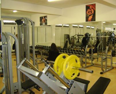 Prima sală de sport din cartierul Velenţa a fost inaugurată de Ion Marin (FOTO)