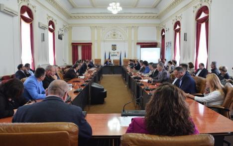 Nici la Ciuperca, nici la Primărie! APM Bihor a mutat dezbaterea Nutripork în sala mare a Prefecturii