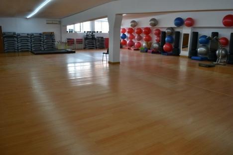 Mai mare nu se poate! Campionul de culturism Ion Marin a deschis cea mai mare sală de fitness din regiune, pe 2.500 metri pătraţi (FOTO)
