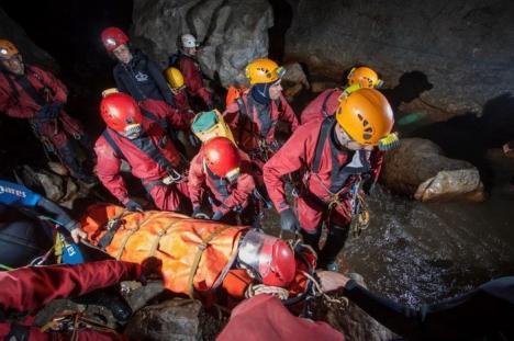 Bilanţ Salvamont-Salvaspeo pentru 2015: Un accident în munte tot a doua zi