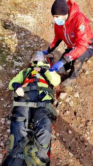 Accident în zona Vârtop: O bihoreancă de 19 ani a căzut cu ATV-ul și a fost preluată de elicopterul SMURD (FOTO / VIDEO)