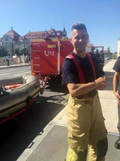 Câine salvat de pompieri din apele Crişului Repede (FOTO/VIDEO)