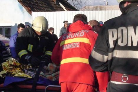 Bărbat căzut în fântână, salvat de pompieri
