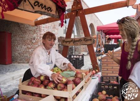 Sărbătoarea Recoltei aduce în Cetate un târg cu produse locale, jocuri şi concerte cu Taraful Caliu şi Mihai Mărgineanu