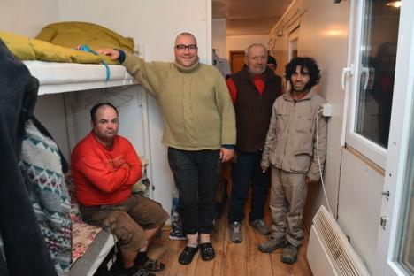 Containere cu speranţe: O organizaţie înfiinţată de un englez a transformat mai multe containere în locuinţe pentru sărmani (FOTO)