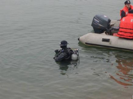 Băiat de 14 ani, mort în Lacul Şauaieu