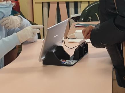 Primul dosar penal pentru vot multiplu în Bihor! O femeie a votat de două ori