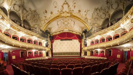 Investiţie de 4,2 milioane lei în modernizarea scenei teatrului orădean