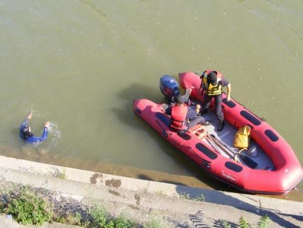 Dramă de 1 mai: Un adolescent care a ieşit cu prietenii a murit înecat, la barajul de la Tileagd