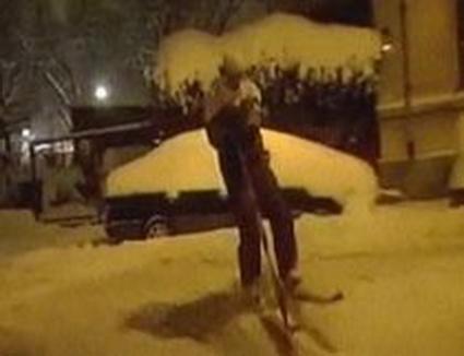 Cu schiurile prin Capitală (VIDEO)