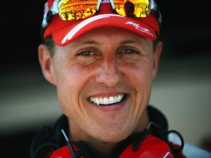 Michael Schumacher a ieşit din comă