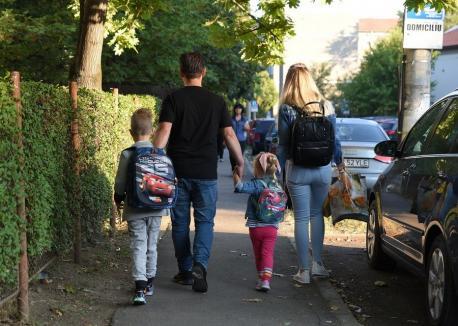 'Scenariul roşu': Grădiniţele se închid, iar şcolile trec în online, în comuna Sânmartin