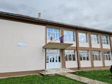Nereguli confirmate: Şcoala Profesională din Lugaşu de Jos are un an la dispoziţie să se pună pe picioare, altfel se desfiinţează (FOTO)