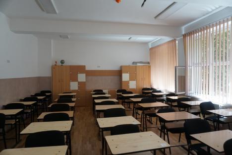 Trei dintre cele patru corpuri de clădire ale Şcolii Generale 11 au fost reabilitate. Lucrările continuă (FOTO)