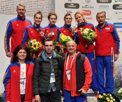 Bianca Benea, vicecampioană mondială cu echipa de junioare a României la spadă feminin!