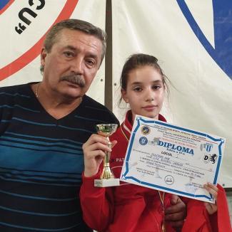 Trei medalii pentru spadasinele de la LPS Bihorul, la Memorialul 'Dumitru Popescu' de la Craiova