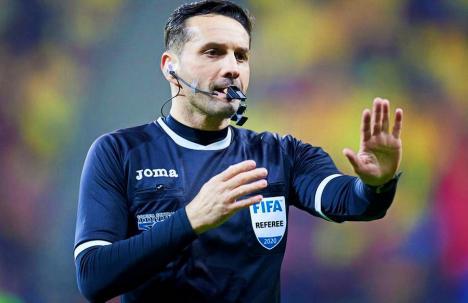 UEFA i-a dat dreptate lui Colţescu. Expresia 'Ăla negru' nu a avut conotaţii rasiste în context