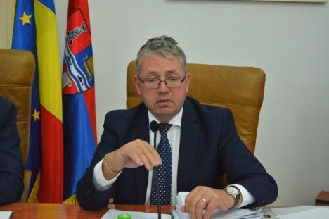 'Aşteptăm zi de zi'. Preşedintele Consiliului Județean Bihor nu ştie când vor fi lansate zborurile de Barcelona şi Roma