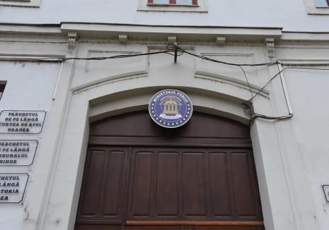 Tot mai multe îmbolnăviri cu Covid în instanţele şi parchetele din Bihor. S-au luat măsuri speciale, procurorii pot opta şi pentru munca la domiciliu