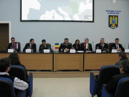 Seminar trilateral româno - slovaco - maghiar la Oradea