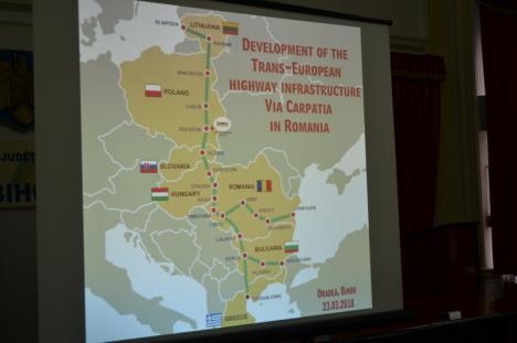 Judeţele din Vest vor 'Via Carpatia'. Au semnat un protocol pentru autostrada care ar lega mai multe state est-europene (FOTO)