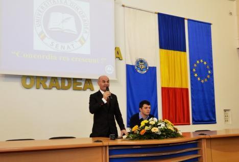 Peste 100 de candidaţi la Senatul Universităţii. Printre doritori: actualul preşedinte Curilă, doctorul Gheorghe Carp şi prorectorul Marcela Prada