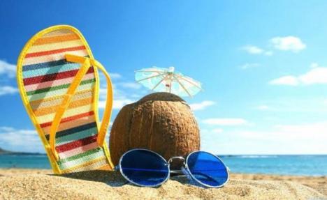 Vacanţe în stand-by: Ludovic Orban anunţă reglementări pentru sectorul turistic abia după 1 iunie
