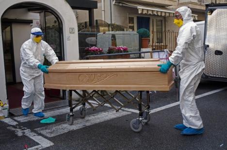 Primul cetățean român care a murit de COVID-19 a fost adus din Italia în țară fără știrea autorităților