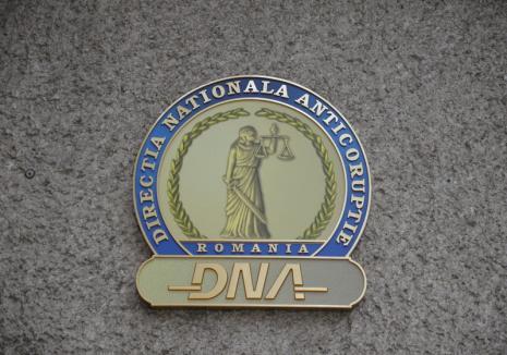 Anchetă la DNA Oradea: Ministerul Public anunţă cercetări ce vizează 'interceptarea' unor procurori. Ascultă ÎNREGISTRAREA!