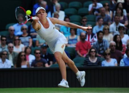 Simona Halep, învinsă în semifinala de la Wimbledon