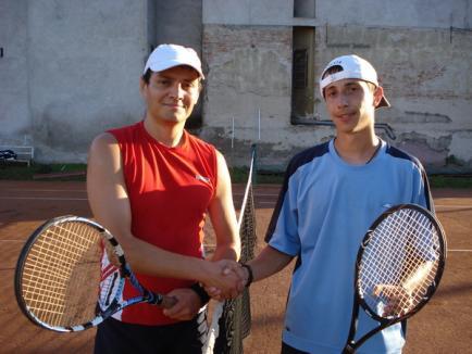 Magistraţii şi avocaţii s-au întrecut la Cupa Justiţiei la tenis