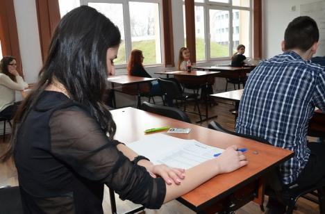 Elevii vor simula examenele de Evaluare Naţională şi de Bac în februarie şi martie