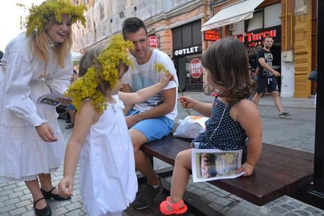 Şapte tinere dichisite au reînviat povestea Sânzienelor în zona centrală a Oradiei (FOTO)