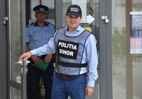 Fostul șef al Serviciului de Investigare a Criminalităţii Economice din Poliţia Bihor, Florian Sîrca, urmărit penal pentru corupţie