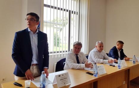 Cercetezi şi... câştigi: 115 doctoranzi şi doctori ai Universităţii din Oradea vor primi burse lunare, din bani europeni