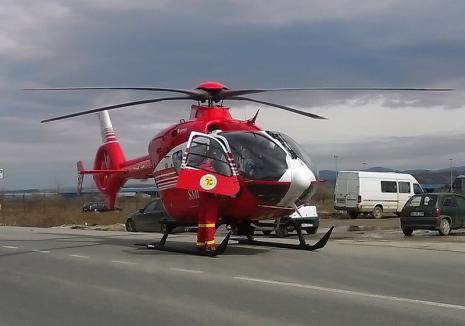 Victima unui grav accident de lângă Marghita, adusă la Oradea cu elicopterul SMURD