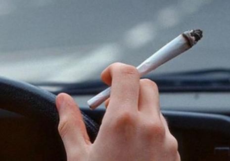 Încă un drogat la volan: Un orădean de 22 ani circula cu maşina, în plină zi, sub influența substanțelor psihoactive