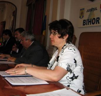 Carmen Soltănel este noul secretar al judeţului