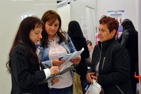 Prime nedorite: Doar 4 bihoreni au cerut AJOFM banii pentru 'prima chirie'