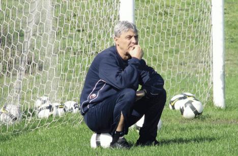 Sorin Cârţu a spart banca de rezerve, după ce CFR Cluj a pierdut cu Basel